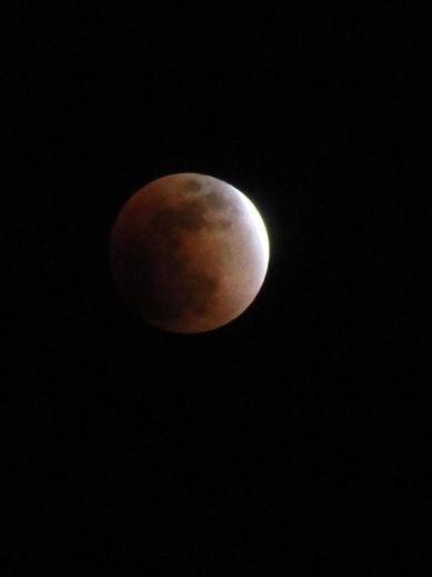 月食21:47.jpg