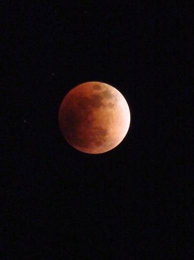 月食22:01.jpg